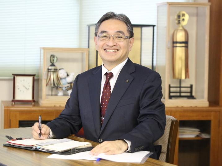 代表取締役 鈴木啓泰